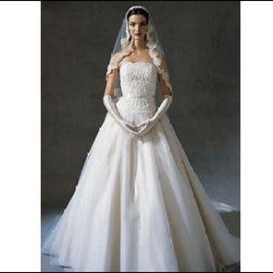 Oleg Cassini Wedding Dress NWT Ivory size 4